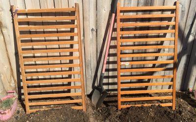 Garden Upcycle Crib Idea